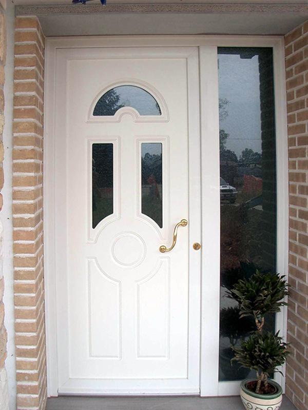 Porte d 39 ingresso finestre e porte serramenti in pvc savi for Porte d ingresso