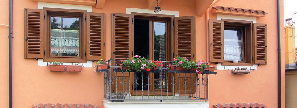 Pvc_scuretti_finestraporta